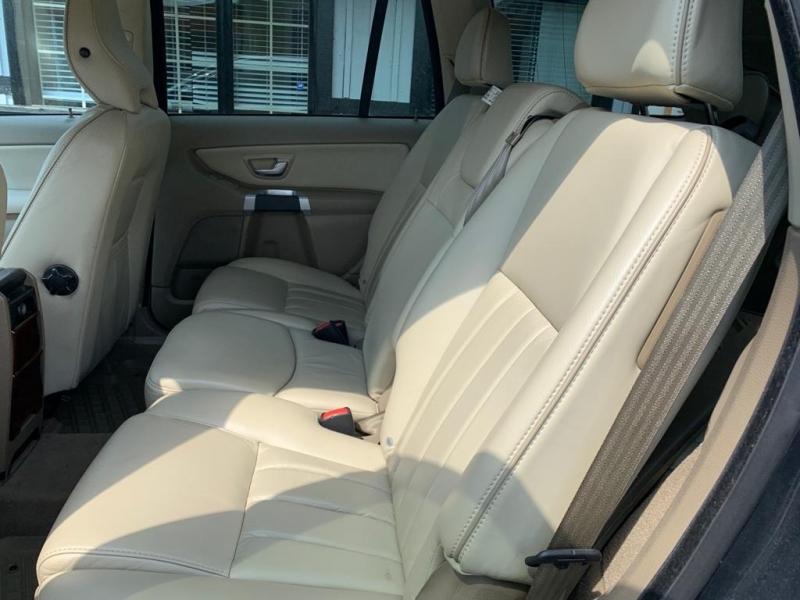 Volvo XC 90 2013 price $13,900