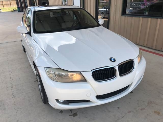 BMW 3-Series 2011 price $186