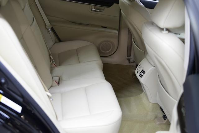Lexus ES 350 2014 price $375