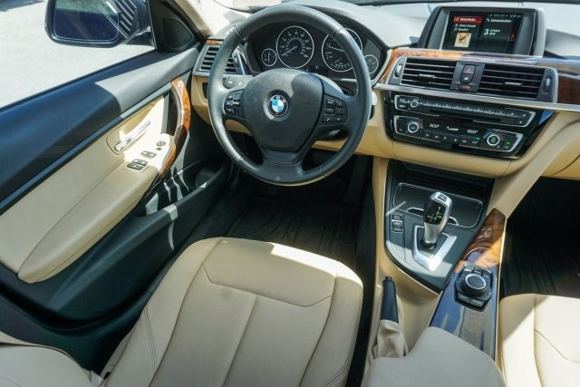 BMW 3 Series 2018 price Call for Pricing.