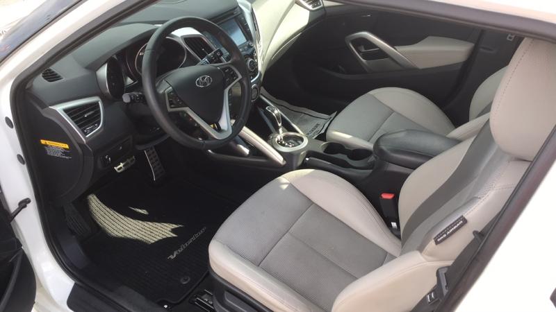 Hyundai Veloster 2013 price $9,888