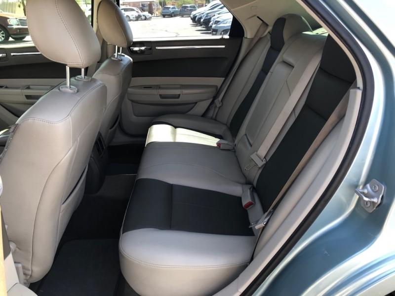Chrysler 300 2008 price $13,095