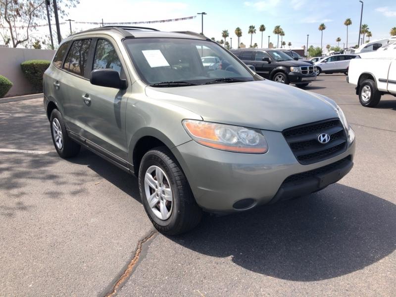 Hyundai Santa Fe 2009 price $6,188