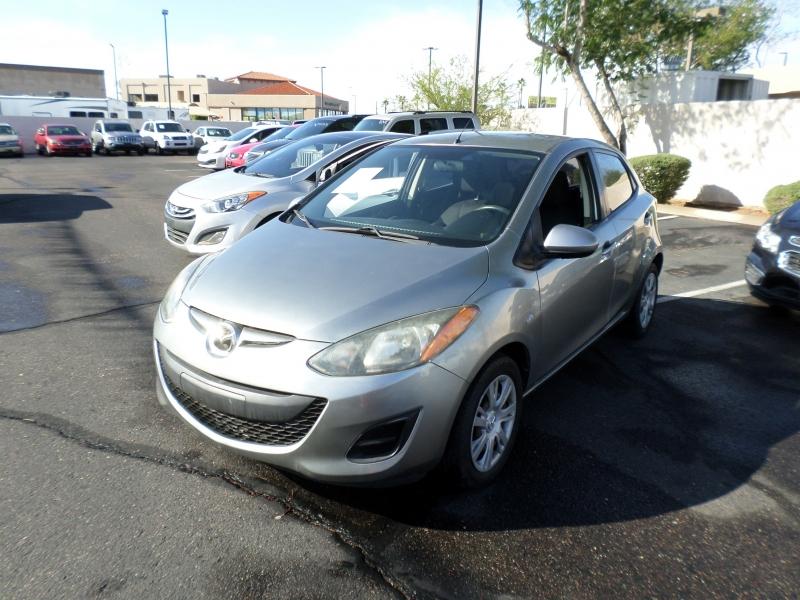 Mazda Mazda2 2011 price $11,195