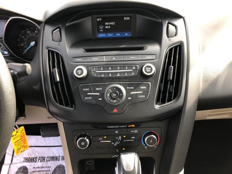 Ford Focus 2015 price $7,488