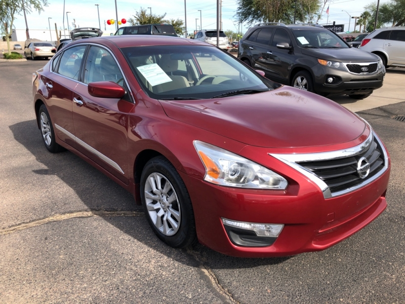 Nissan Altima 2015 price $9,788