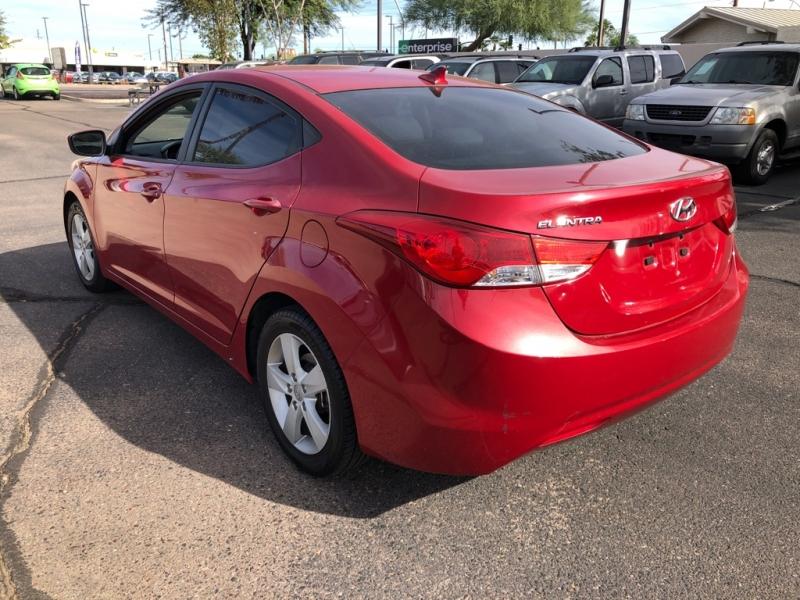 Hyundai Elantra 2013 price $8,288