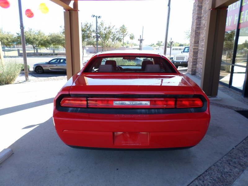 Dodge Challenger 2010 price $15,095