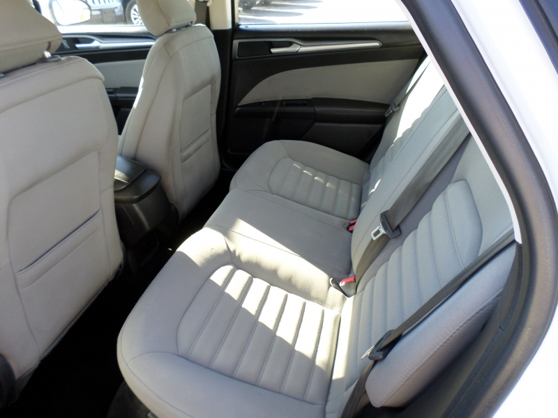Ford Fusion 2015 price $15,395