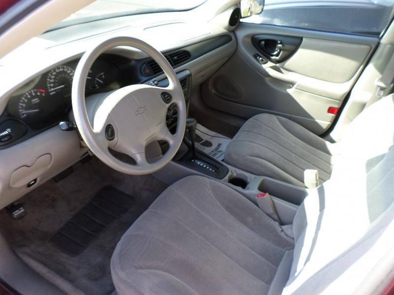 Chevrolet Classic 2004 price $4,995