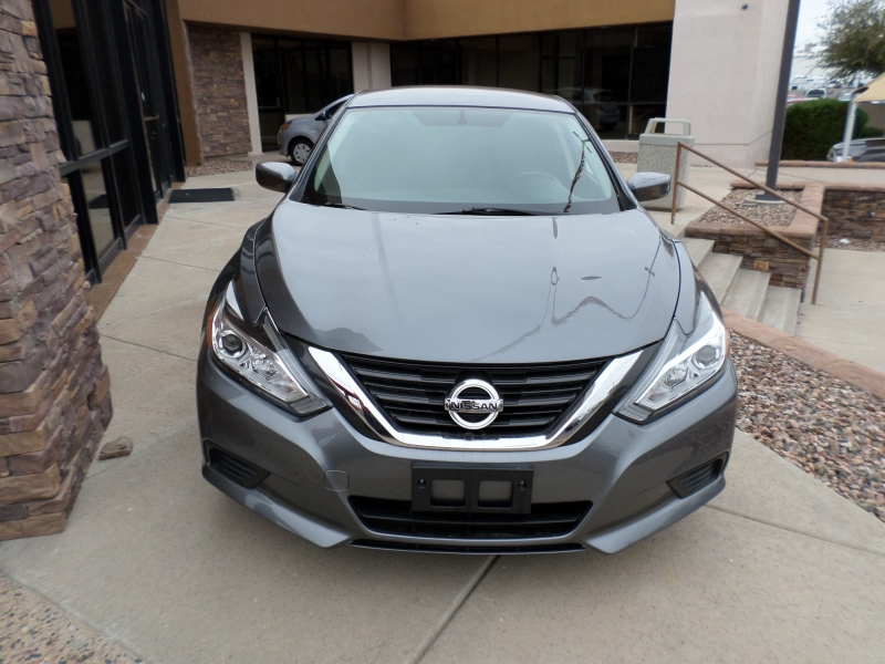 Nissan Altima 2017 price $17,295