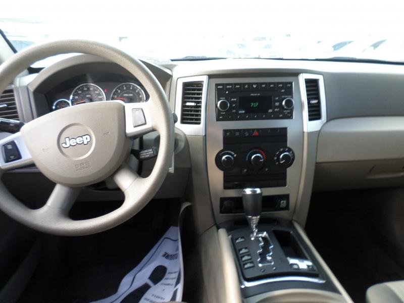 Jeep Grand Cherokee 2008 price $7,988