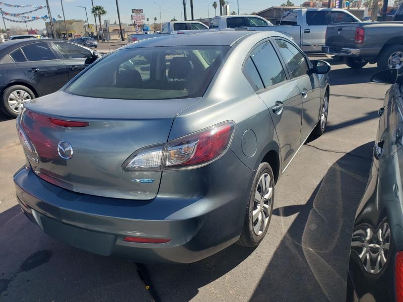 Mazda MAZDA3 2013 price $11,995