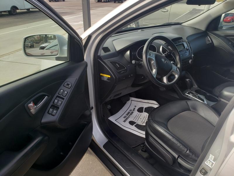 Hyundai TUCSON 2012 price $13,995