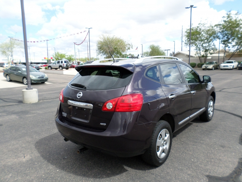 Nissan Rogue Select 2015 price $12,995