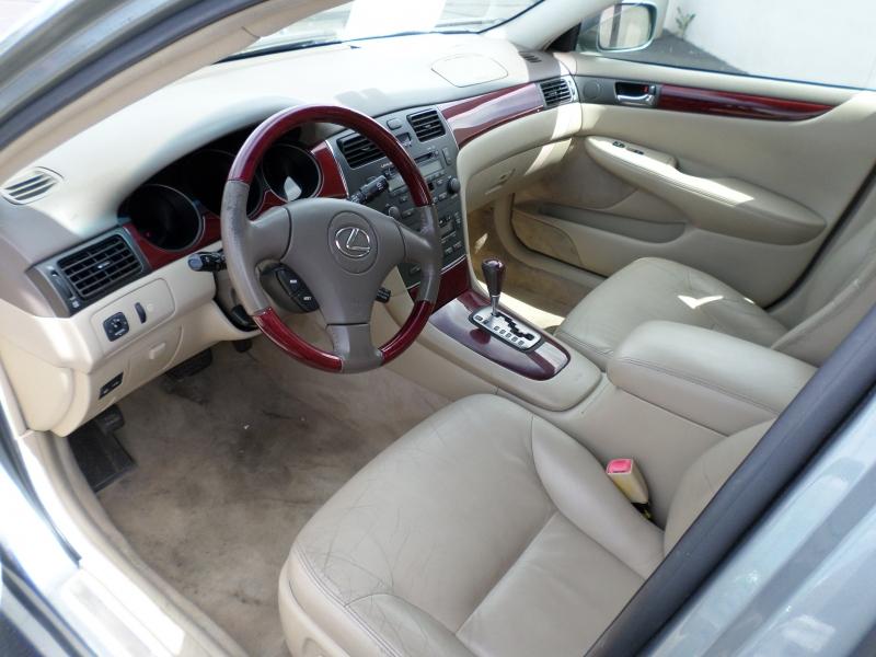 Lexus ES 330 2004 price $8,295