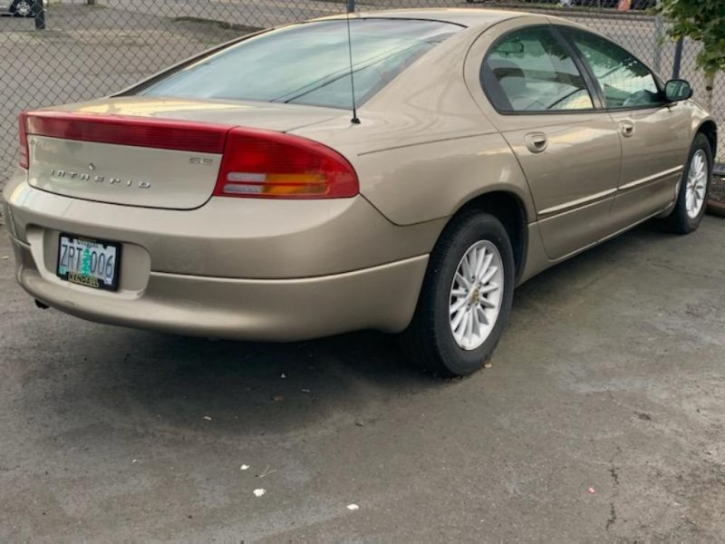 DODGE INTREPID 2002 price $995