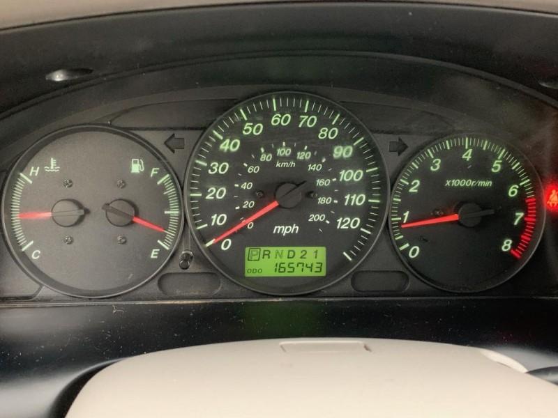 MAZDA MPV 2001 price $2,995