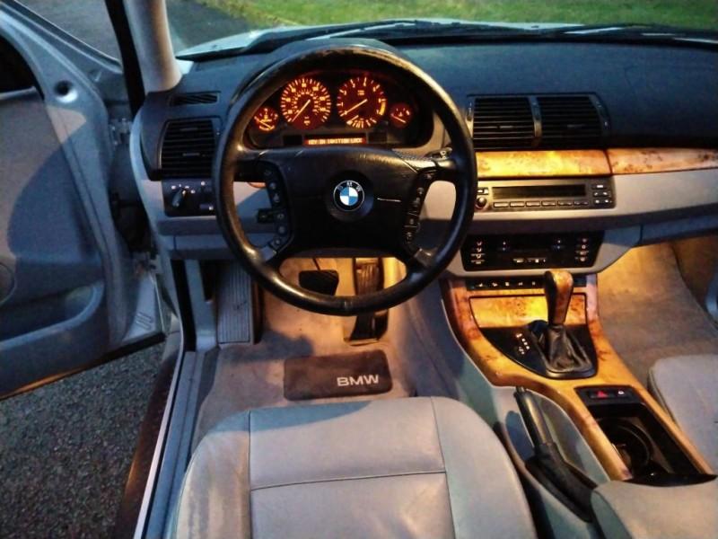 BMW X5 2005 price $3,995