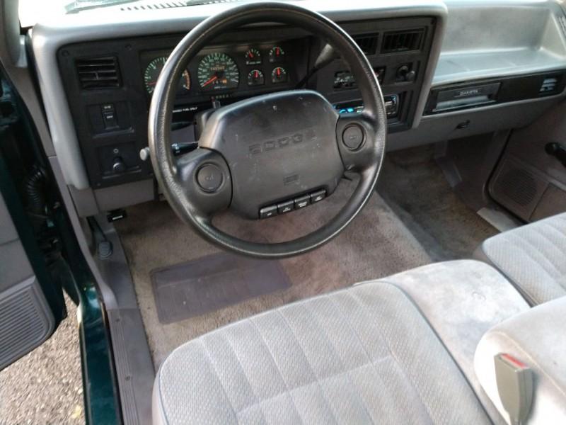 DODGE DAKOTA 1994 price $2,495