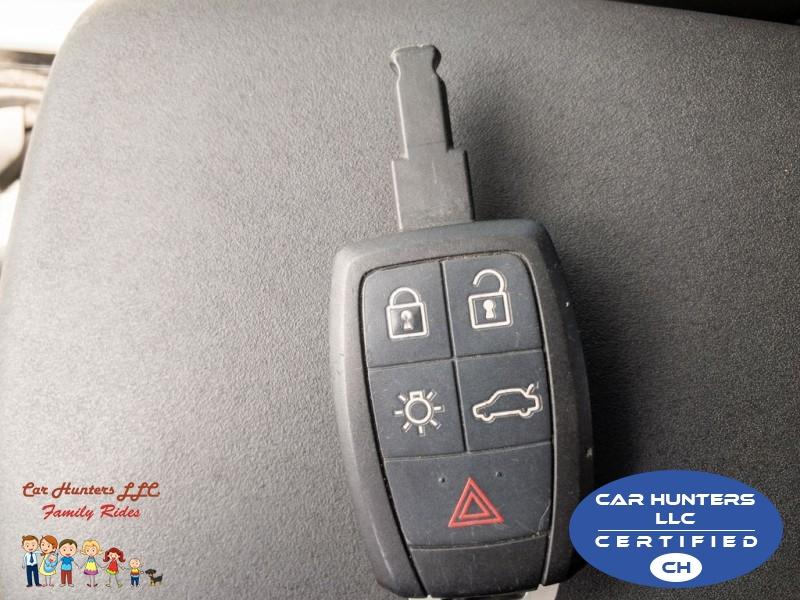 VOLVO C30 2013 price $6,995