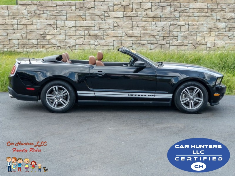 FORD MUSTANG 2012 price $9,990