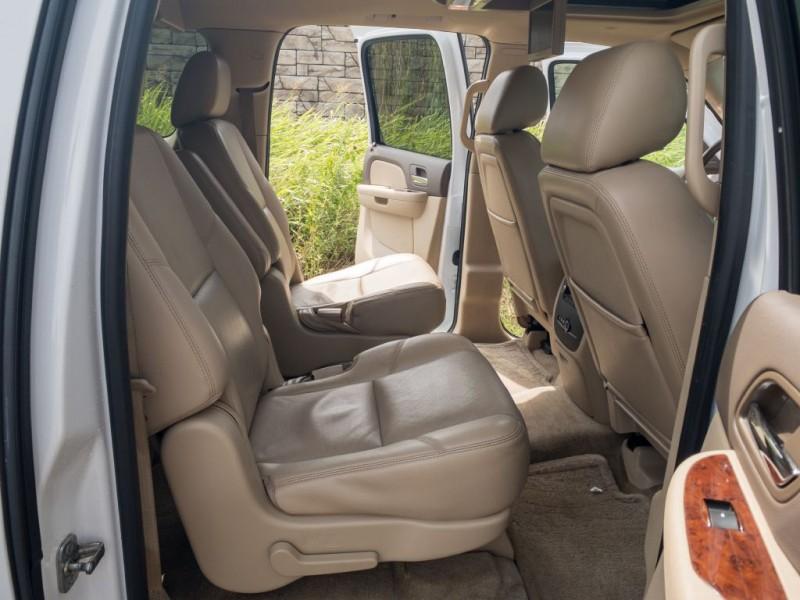 CHEVROLET SUBURBAN 2012 price $16,490