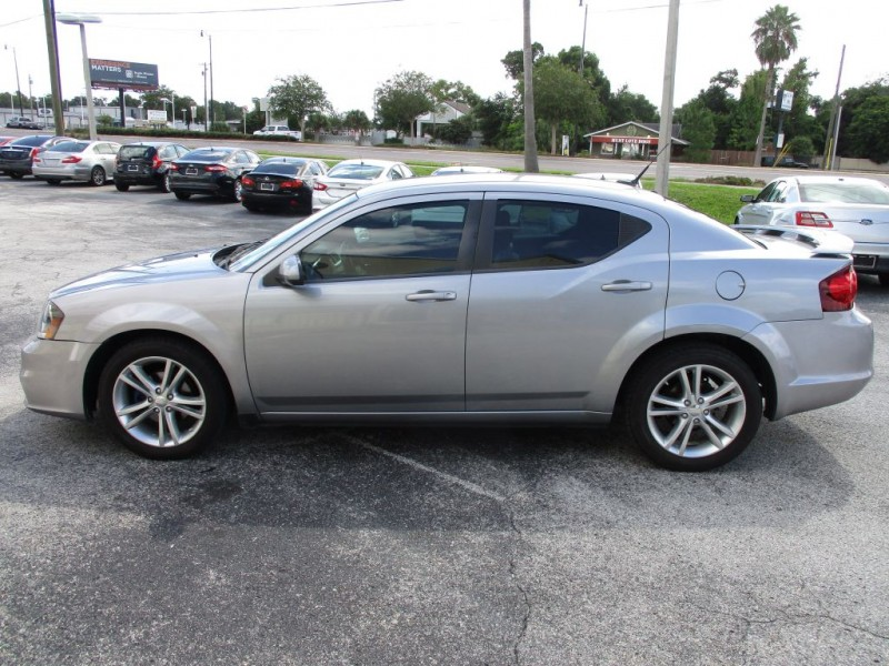 Dodge Avenger 2013 price $700 Down