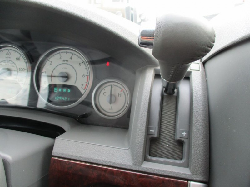 Chrysler Town & Country 2010 price $700 Down