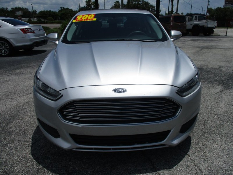 Ford Fusion 2015 price $900 Down