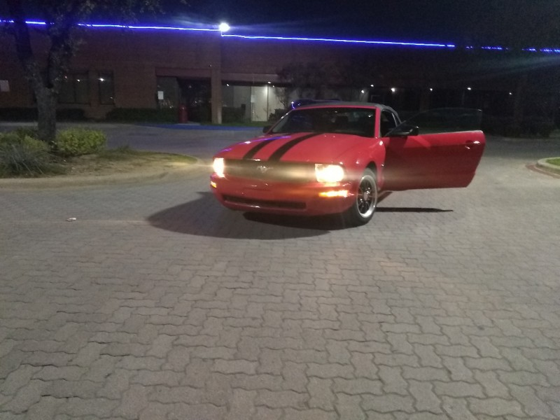 Ford Mustang 2006 price $2,800