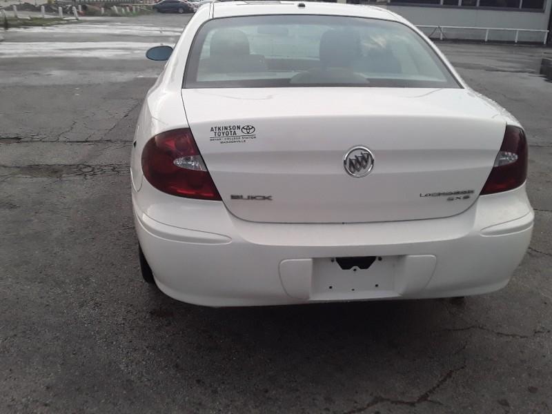 Buick LaCrosse 2006 price $2,500