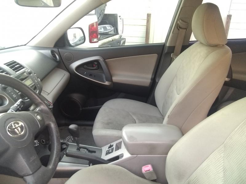 Toyota RAV4 2010 price $6,200