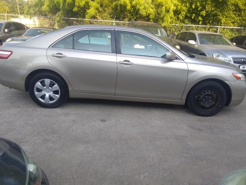 Toyota Camry 2009 price $6,500