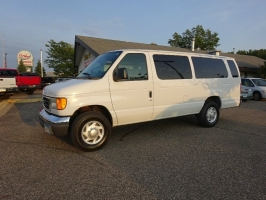 Ford Econoline Wagon 2007