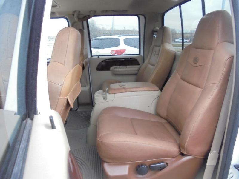 Ford Super Duty F-350 SRW 2005 price $16,950