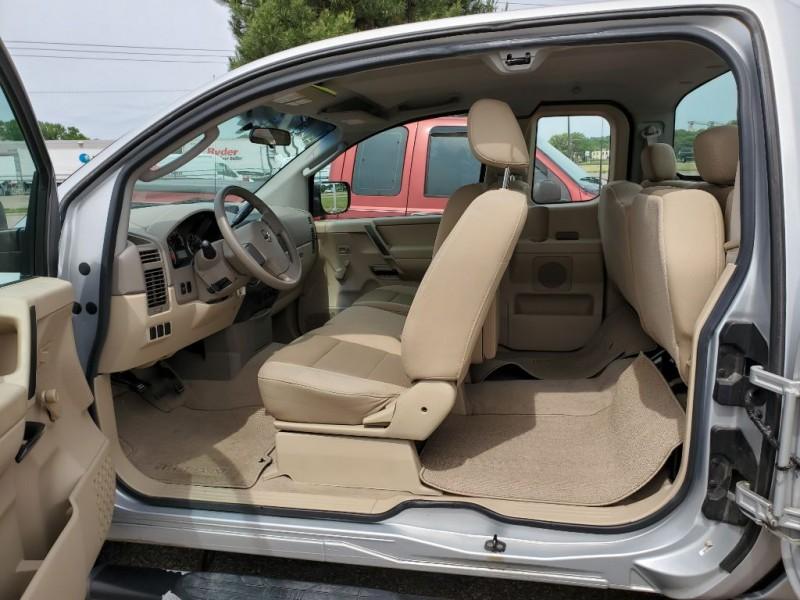 Nissan Titan 2008 price $7,950