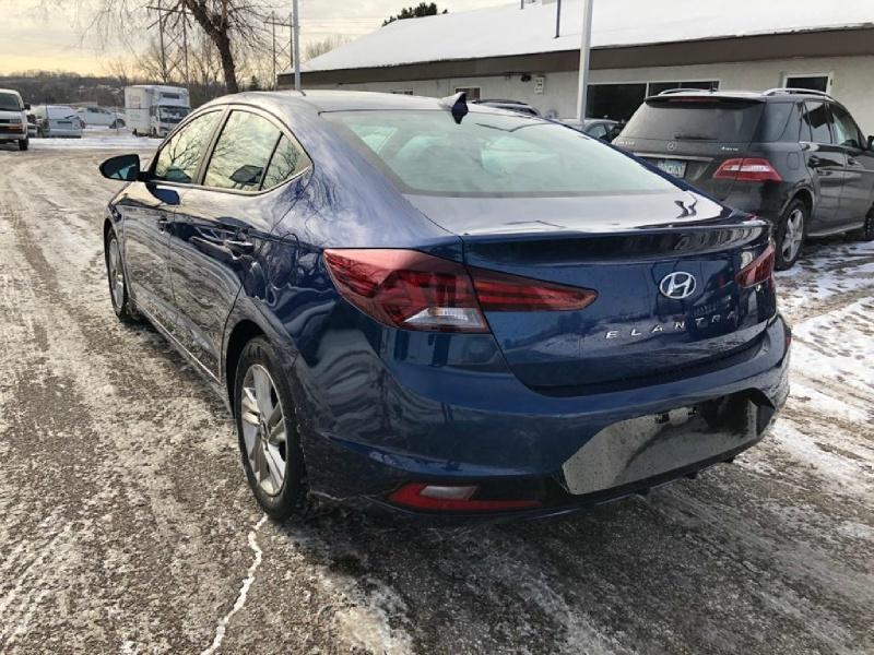 Hyundai Elantra 2019 price $12,950
