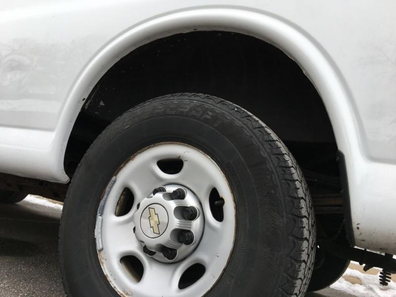 Chevrolet Express Cargo Van 2013 price $7,450
