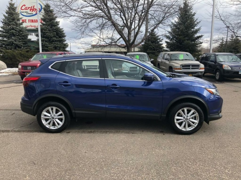 Nissan Rogue Sport 2019 price $15,650