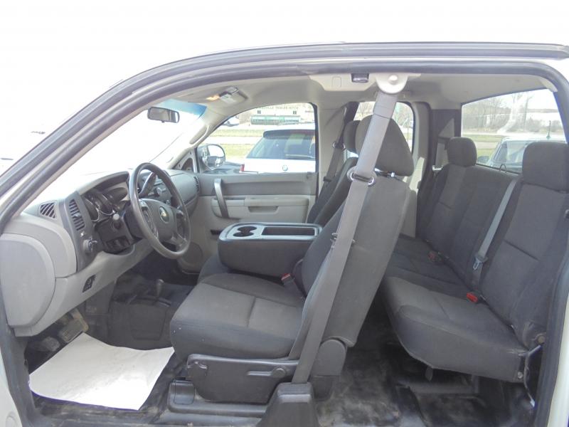 Chevrolet Silverado 2500HD 2013 price $9,988