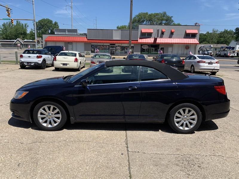 Chrysler 200 2012 price $5,875