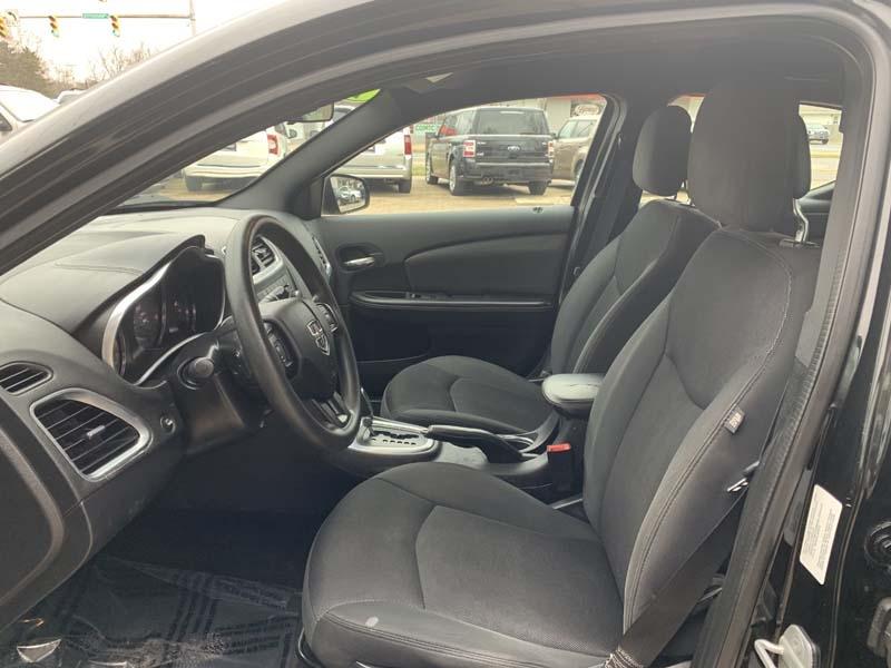Dodge Avenger 2013 price $7,400