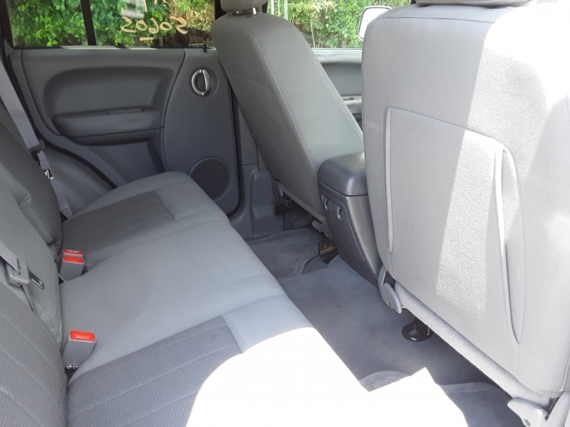 Jeep Liberty 2006 price $2,200
