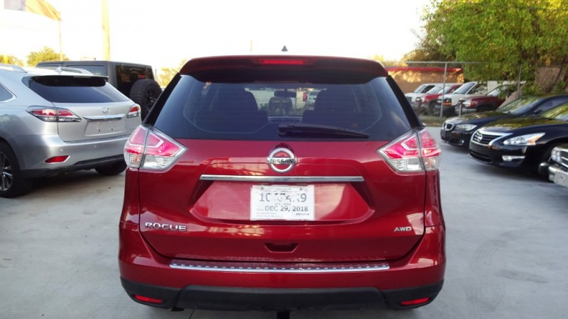 Nissan Rogue 2015 price $12,999