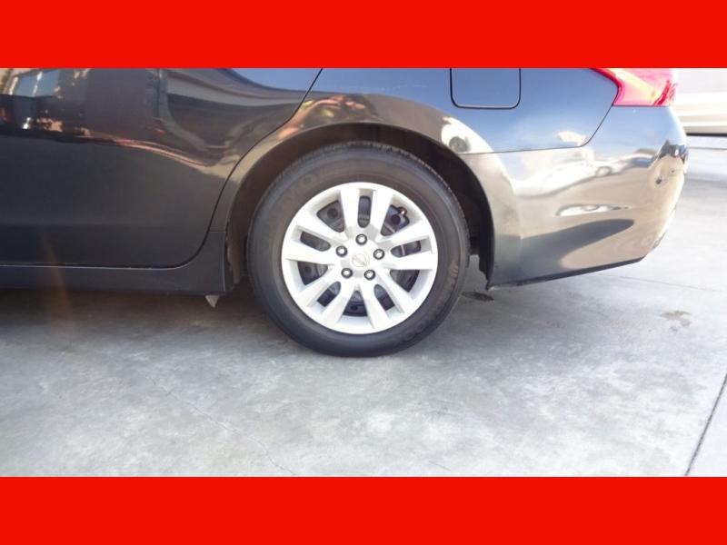 Nissan Altima 2016 price $12,590