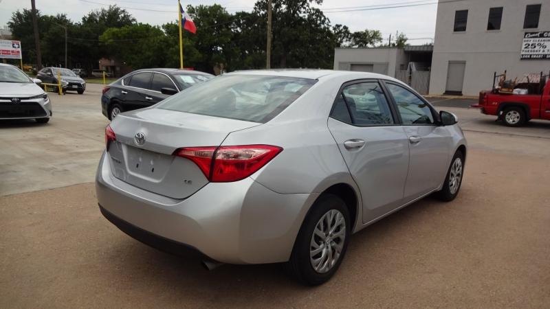 Toyota Corolla 2018 price $13,900