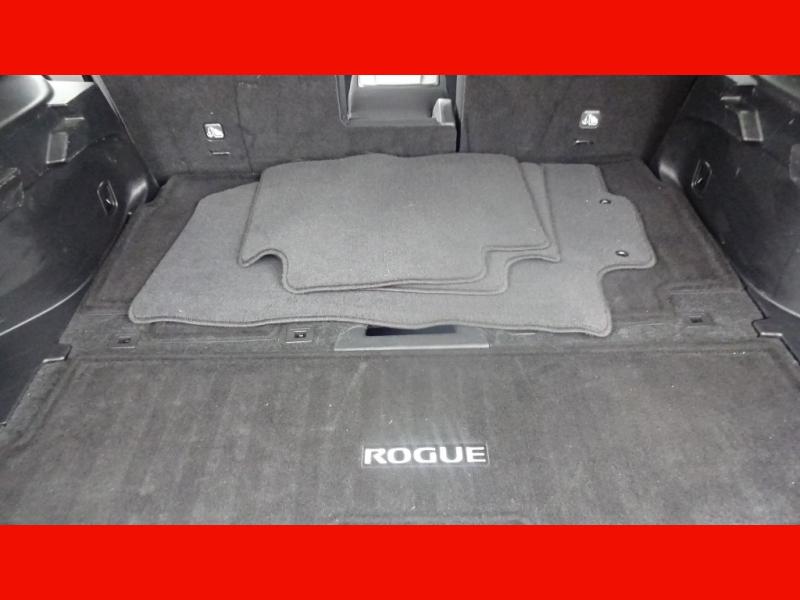 Nissan Rogue 2018 price $16,900
