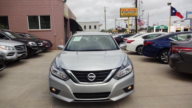 Nissan Altima 2018 price $14,999