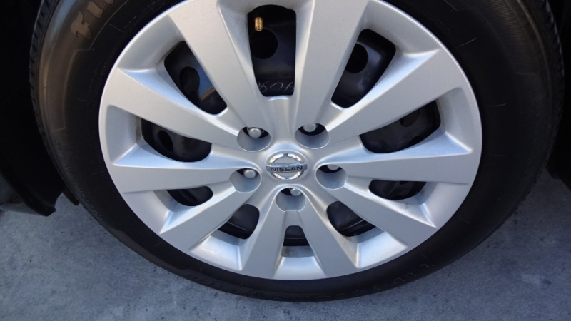 Nissan Sentra 2019 price $13,635
